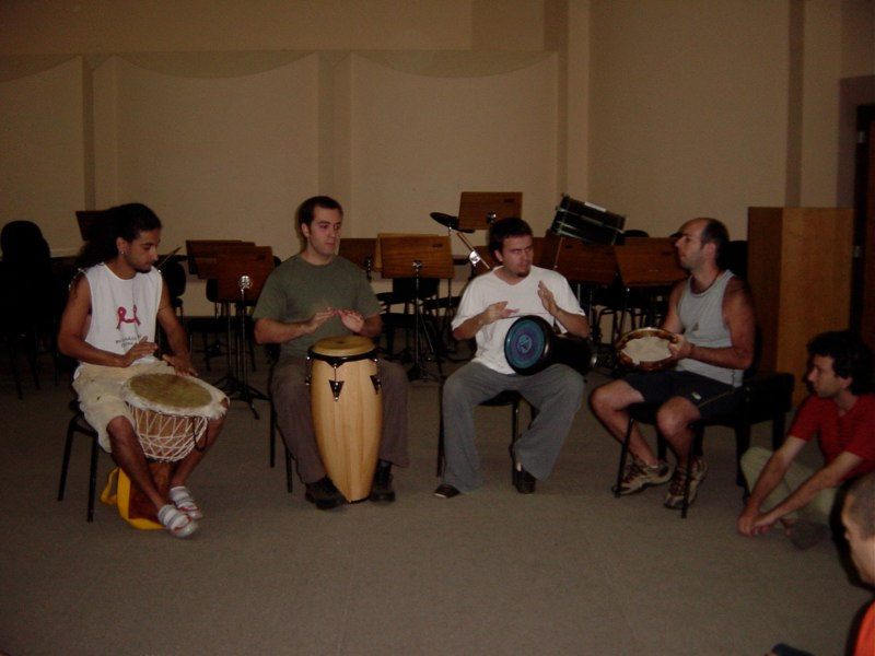 Performance of 'Wart Hog 3' by university students. Belo Horizonte, Brazil 2003