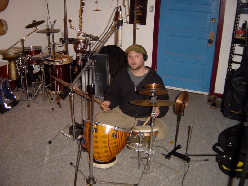 Randy recording Hand'Stan - Los Angeles 2005